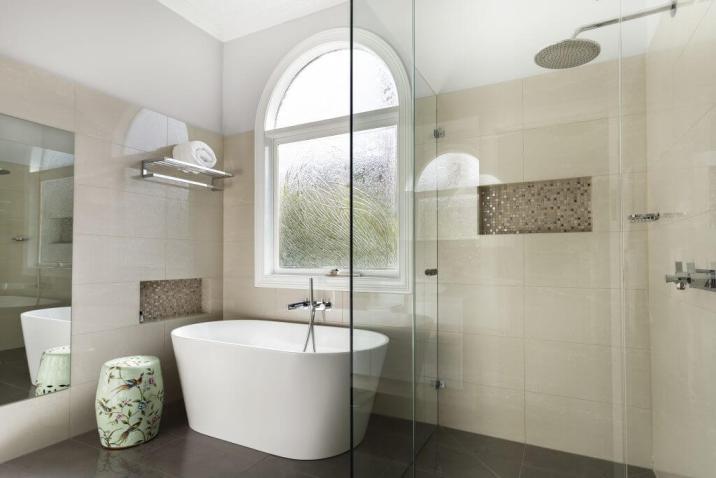 shower screen installed in malvern east bathroom